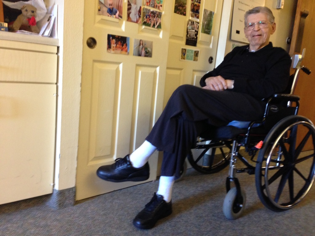 Earl Schmalz, a 92-year-old World War II veteran, was living on his own in Dallas – until he fell and broke his hip last year. Now he's in a nursing home.