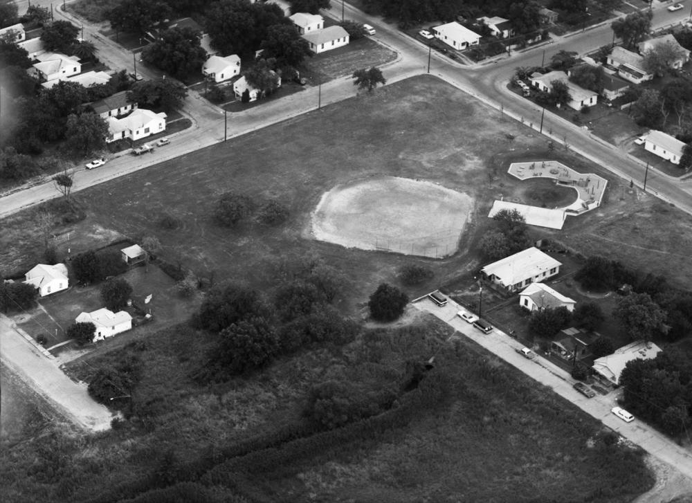 Bickers Park, 1982