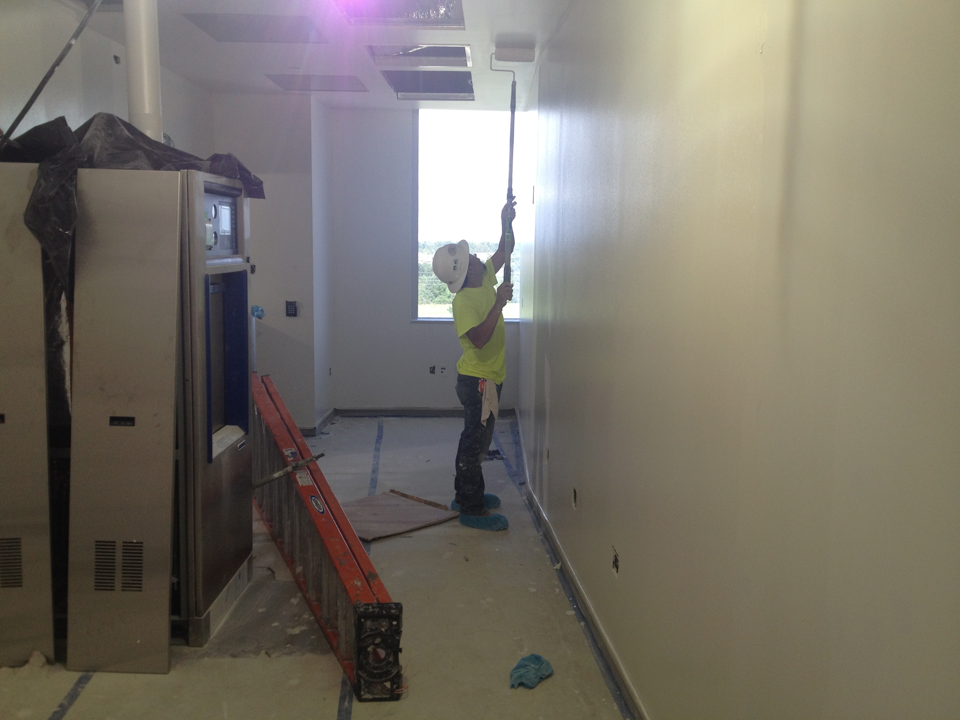 Workers finish construction on an 8-bed isolation unit at Texas Childrens Hospital in Katy. The high-tech unit will treat children with highly infectious diseases, including Ebola, MERS, and flu. Photo/Carrie Feibel
