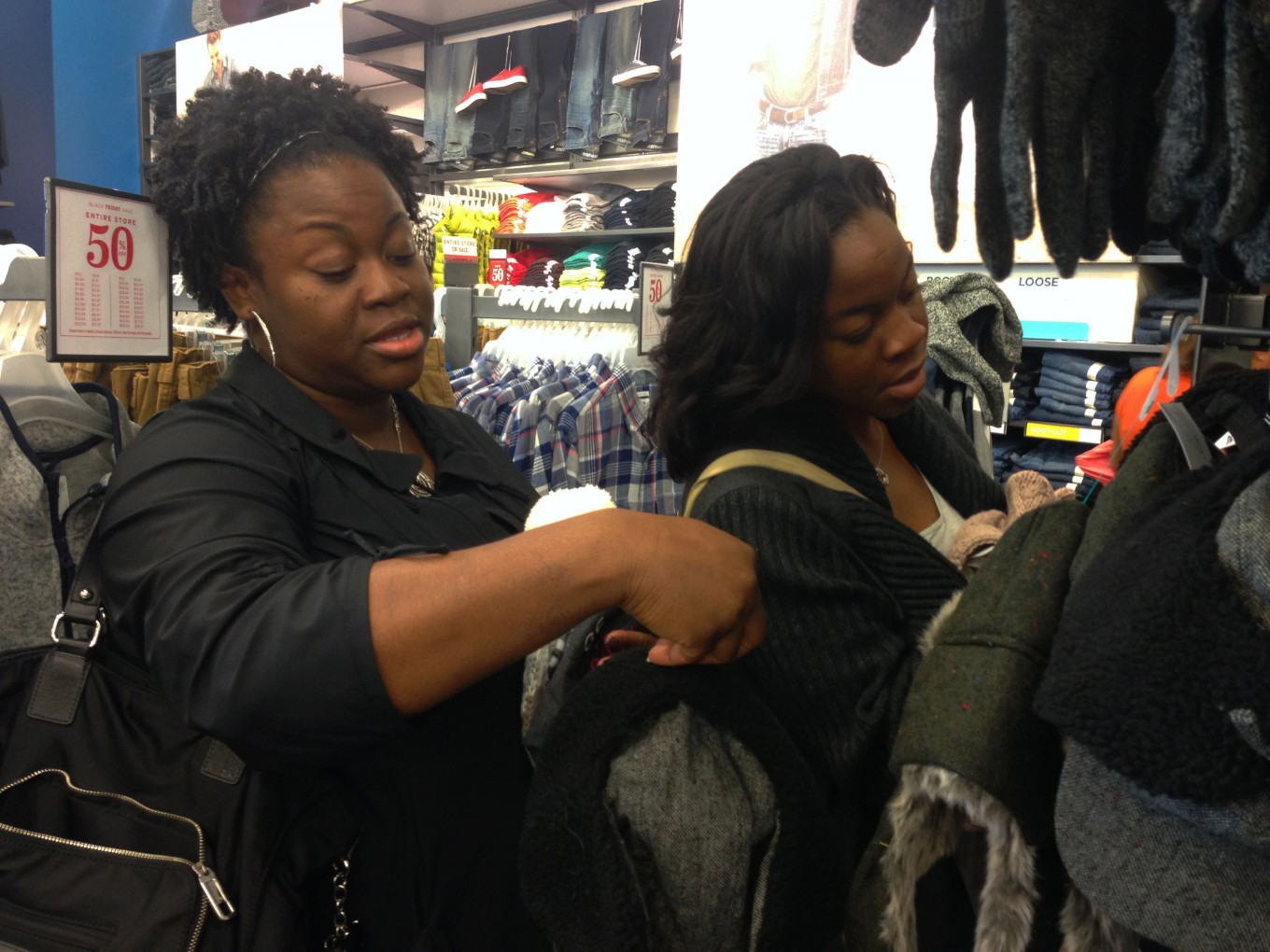 Tosha Hightower, a postmaster who lives in Arlington, shopped at Old Navy with her daughter, Danielle. Photo/Courtney Collins