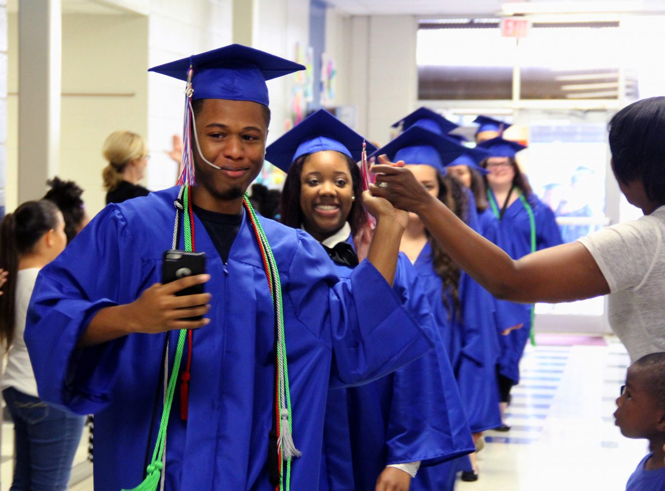 Senior walk, 2016. Photo/Duncanville archives